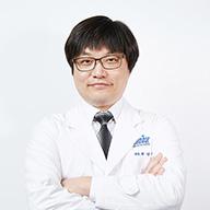 진주미르치과 원장 권경민