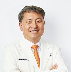 위원장 정회웅